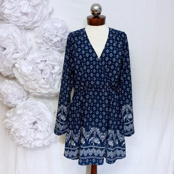 Live 4 Truth Dresses & Skirts - Elephant Printed Dress Long sleeve Live 4 Truth XL